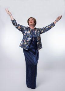 Lillian Baxter singing